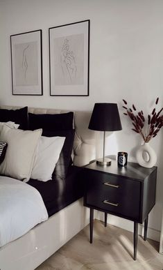 Home Decor Bedroom, Living Room Decor, Black Bedroom Furniture, Minimalist Bedroom, My New Room, House Rooms, Apartment Living, Home Interior Design, Home And Living