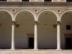 Federico da Montefeltro's perfect palace - Italian Ways Iron Age, Italian Renaissance, Historical Architecture, Civilization, Oversized Mirror, Photos, Italy, History, Building