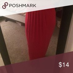 Coral maxi skirt Pleated in the front, coral color,great with crop tops, too! Skirts Maxi
