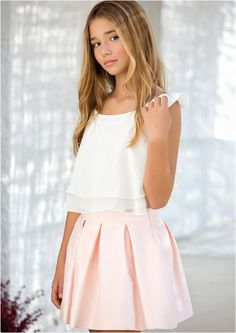 Another party another new outfit for Richard no Rebecca. Cute Girl Dresses, Little Girl Dresses, Dresses For Teens, Flower Girl Dresses, Teen Girl Outfits, Cute Outfits For Kids, Tween Fashion, Little Girl Fashion, School Girl Outfit