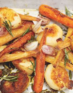 roast potatoes, parsnips and carrots - jamie oliver recipe Potato Recipes, Veggie Recipes, Veggie Dishes, Side Dishes, Vegetarian Recipes, Cooking Recipes, Healthy Recipes, Parsnip Recipes, Carrot And Parsnip Recipe