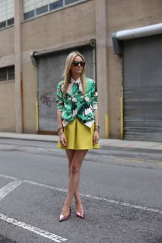 tropical-print-look