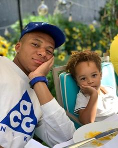 The white T-shirt CAG of Kylian Mbappé on the account Instagram of mbappe The of on the Football Squads, Football Soccer, Mbappe Psg, Messi And Neymar, Cr7 Ronaldo, Soccer Pictures, Paris Saint, Football Outfits, Skills To Learn