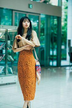Tokyo Fashion, Korea Fashion, India Fashion, Fashion Models, Girl Fashion, Cute Cafe, Kendall Jenner Outfits, Korean Street Fashion, Chic Dress