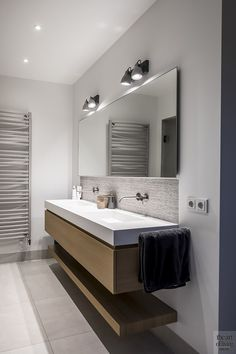 Design interieur, stephen versteegh, the art of living Best Bathroom Designs, Bathroom Design Luxury, Modern Bathroom Design, Lavatory Design, Sink Design, Design Design, Bathroom Renos, Bathroom Vanities, Bathroom Ideas