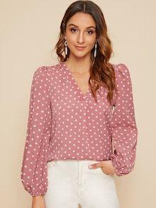 Shein V-neck Polka Dot Lantern Sleeve Top Spring Shirts, Spring Tops, Spring Blouses, Fashion News, Fashion Outfits, Womens Fashion, Mode Turban, Types Of Sleeves, Fashion Prints