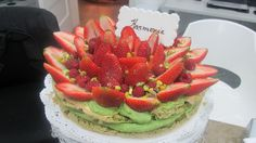 Pistachio and strawberries, georgeus!