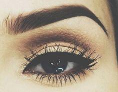 winged eyeliner - makeup - eyebrow - perfect eyebrow - eye makeup