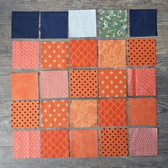 Make This: Fall Pumpkin Table Runner Tutorial Quilted Table Runners Christmas, Halloween Table Runners, Table Runner And Placemats, Fall Table Runner, Halloween Runner, Thanksgiving Table Runner, Christmas Tables, Beginner Quilt Patterns, Quilting For Beginners