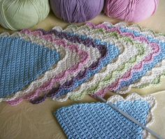 Crocheted bunting - Knot Garden blog...great close-up photo to see how it's made.