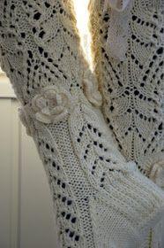 KARDEMUMMAN TALO: Maalaisromanssi - kaunista romantiikkaa Socks, How To Make, Crafts, Fashion, Creative, Moda, Manualidades, Fashion Styles, Sock