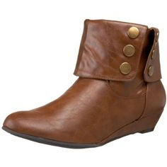 I need these!!!!! they would be perfect replacements for my current brown ankle boots that are falling apart.