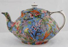 Beautiful Crown Ducal Blue Chintz Exotic Bird Florida Teapot