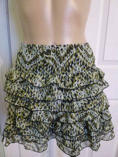 Rue 21 sz S Skirt Green Black Animal print Tiered Cascade Ruffle Mini
