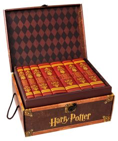 #HarryPotter Custom Box Set Giveaway