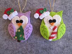 Felt Christmas ornament Felt Owl ornament by TinyFeltHeart on Etsy Mais Felt Christmas Decorations, Christmas Owls, Christmas Ornament Crafts, Felt Crafts, Holiday Crafts, Owl Ornament, Christmas Items, Handmade Ornaments, Felt Ornaments