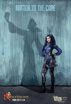 {Fc: Sofia Carson} Hey I'm Evie Queen! My mom is the Evil Queen. I don't really like being evil but I do it to please my mom! The Descendants, Disney Descendants Movie, Disney Channel Movies, Disney Movies, Descendants Characters, Sofia Carson, Daughter Songs, Daughter Quotes, Mom Daughter