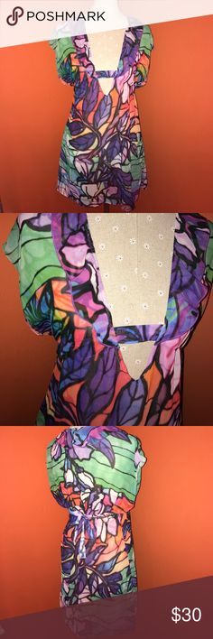BECCA~Rebecca Virtue~Colorful Swim Cover XS/S Multicolor floral Print..last photo of a different patter for a view of the cut of the piece. Beautiful and in excellent condition. BECCA Swim Coverups