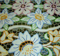 ポルトガル マデイラ島の民芸品、刺繍 - ima by kachimai ...