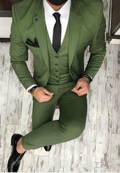 New Brand Groom Tuxedo Suit Custom Made Wine Red Men Suits Terno Slim Fit Peaked Lapel Groomsmen Men Wedding Prom Suits Men's Suits, Party Suits, Blue Suits, Prom Suit Outfits, Casual Outfits, Gym Outfits, Dress Casual, Fall Outfits, Prom Suit Jackets