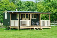 "Glamping in a Hampshire ""Shepherds Hut"" To Rent in Alresford, Hants Landscape Design Plans, Landscape Architecture Design, House Landscape, Small Tiny House, Tiny House Cabin, Glamping, Farm Plans, Rustic Kitchen Design, Shepherds Hut"