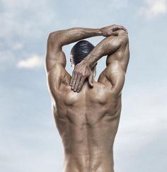 3 Tips for Swimming Shoulder Stretches: Stabilize the Shoulder Blade