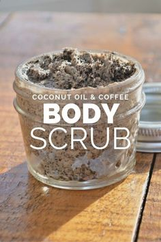 Coconut Oil Coffee Body Scrub Recipe. Mmmm! This would be perfect to use in the morning to get your day started! #coffeebodyscrub