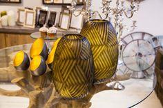 Altıncı Cadde mağaza, ev dekorasyon, dekoratif aksesuar, ev aksesuarları, renkli cam aksesuar, renkli cam vazo