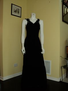 "This black gown is perfect for the ""Night in Paris"" theme!"