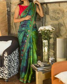 Buy readymade blouse online shopping india has got variety of blouse designs, designer blouses, ready to wear saree blouses. Collection Eid, Shibori Sarees, Satin Saree, Simple Sarees, Saree Models, Stylish Sarees, Casual Saree, Elegant Saree, Fancy Sarees