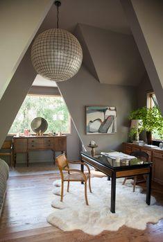 Home Office, Sofa Design, Interior Design, Banquet Seating, Simple Sofa, Starter Home, Windows And Doors, Interior Inspiration, Room Inspiration