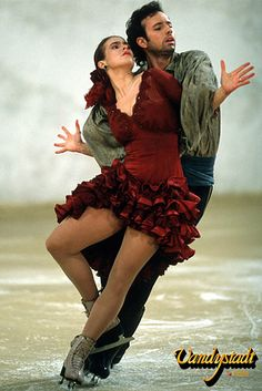 Katarina Witt and Brian Boitano skating to Carmen.
