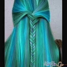 Renkli saç örgüsü