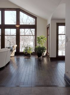 If you're looking for a long-lasting, stain resistant flooring solution then Engineered Caramel Acacia.