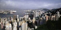 P111S Hong Kong Panorama 1997.jpg