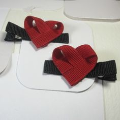 valentine/heart bows (not a tutitorial)