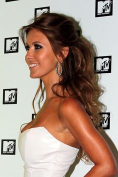 Google Image Result for http://cdn.blogs.sheknows.com/celebsalon.sheknows.com//2010/08/audrina-patridge-hair.jpg