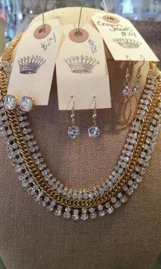 Elegant necklace!