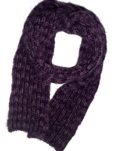 Hand knit scarf Burgundy Wool knitted long scarves Chunky knit winter scarf Purple wool scarf Gift for her - Knitted Scarf 5 Crochet Needles, Knit Crochet, Hand Knit Scarf, Best Christmas Gifts, Knitting For Beginners, Long Scarf, Wool Yarn, Hand Knitting, Gifts For Her