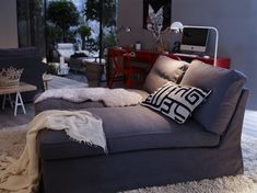 IKEA living room contemporary living room- cozy- two chaise loungers together.I want a double chaise lounge Ikea Living Room, Cozy Living Rooms, Dining Room, Modern Lounge, Modern Room, Modern Living, Ikea Lounge, Lounge Sofa, Contemporary Home Decor
