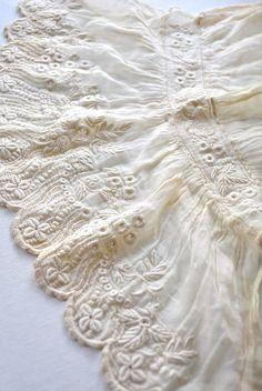 antique lace sleeve