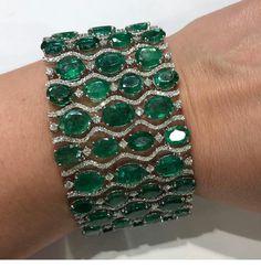 Emeralds Bracelet http://www.allthingsvogue.com/best-luxury-gold-bracelets/