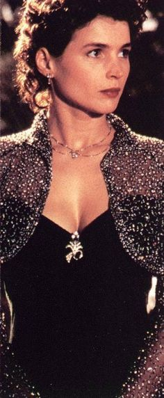 Julia Ormond - beautiful dress from the movie Sabrina
