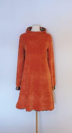 Velour kjole str. 42 Handmade Dresses, High Neck Dress, Dresses With Sleeves, Long Sleeve, Fashion, Turtleneck Dress, Moda, Sleeve Dresses, Long Dress Patterns