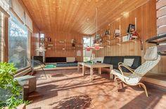 Scandinvian // Hamar - Are Vesterlids prisbelønnede atriumshus // FINN Eiendom… Cozy Den, Inside Outside, Outdoor Furniture, Outdoor Decor, Home Living Room, Interior Inspiration, Home And Garden, Real Estate, Pergola