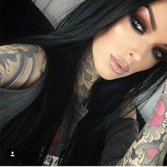 Beautiful bold smokey eye with a nude lip