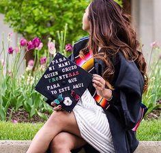 Graduation Cap Designs, Graduation Cap Decoration, Graduation Diy, Nursing Graduation, Graduation Pictures, Graduation Parties, Grad Pics, Senior Pictures, Grad Hat