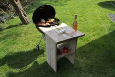 Steigerhouten BBQ tafel voor uw Weber barbecue.