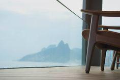 Poltrona Diz de Sergio Rodrigues, Brasil © Hotel Fasano Rio de Janeiro #luxosqueoimpériotece #brasil #riodejaneiro #rj #designbrasileiro #design #modernismo #sergiorodrigues #império #imperivm #imperivmriodejaneiro | Diz armchair by Sergio Rodrigues, Brasil © Hotel Fasano Rio de Janeiro #luxuriesthattheempireweaves #brazil #riodejaneiro #rj #braziliandesign #design #modernism #sergiorodrigues #empire #imperivm #imperivmriodejaneiro