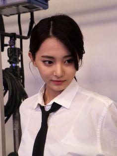 Tzuyu - Twice Most Beautiful Faces, Beautiful Asian Girls, Nayeon, Kpop Girl Groups, Kpop Girls, Korean Beauty, Asian Beauty, Jihyo Twice, Body Proportions